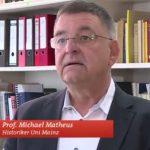 Prof. Dr. Michael Matheus spricht über Luther in Worms. Bild: SWR 2017.